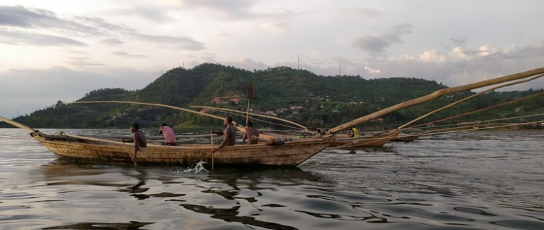 Lac Kivu pêcheurs